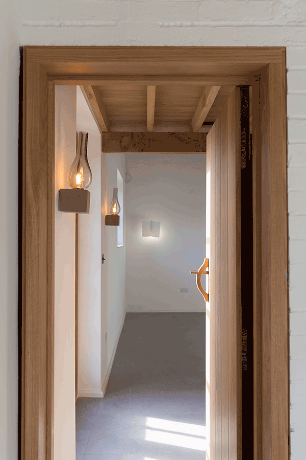 oak door with traditional handle and latch